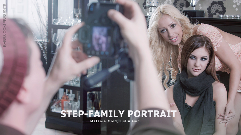 Step-Family Portrait - Lullu Gun, Melanie Gold